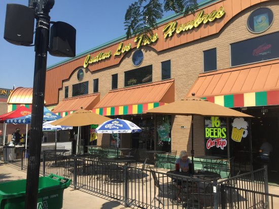 Cantina Los Tres Hombres Outside