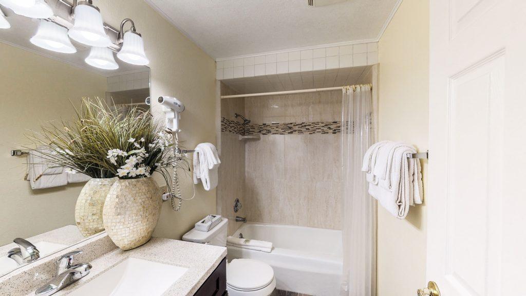 Lodges Studio Bathroom Area