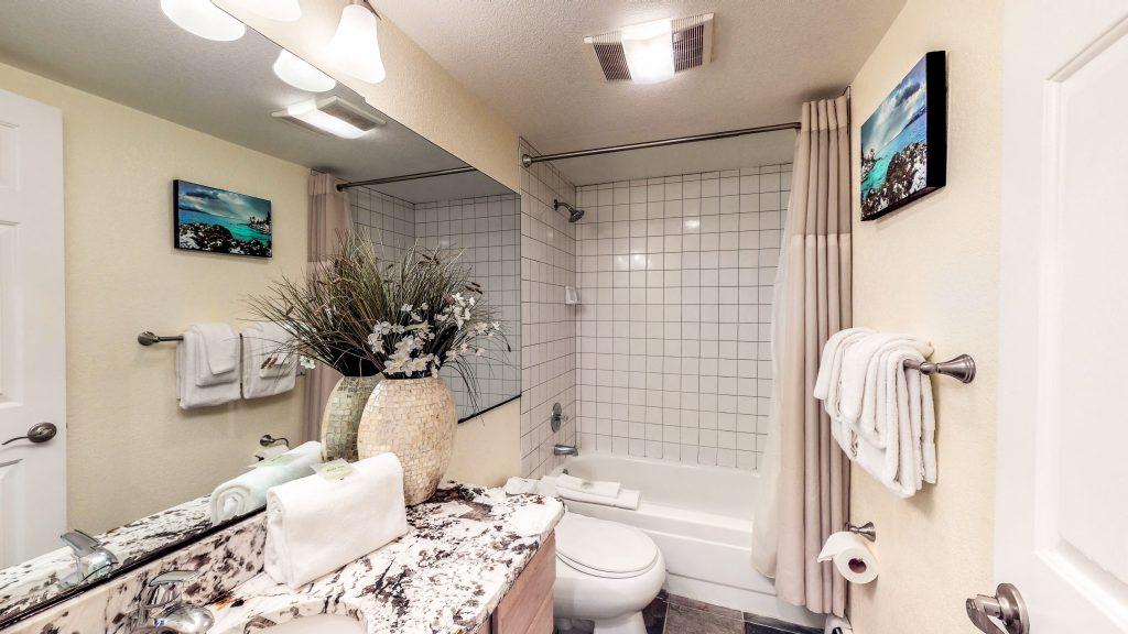 Villa Condo Second Floor Bathroom