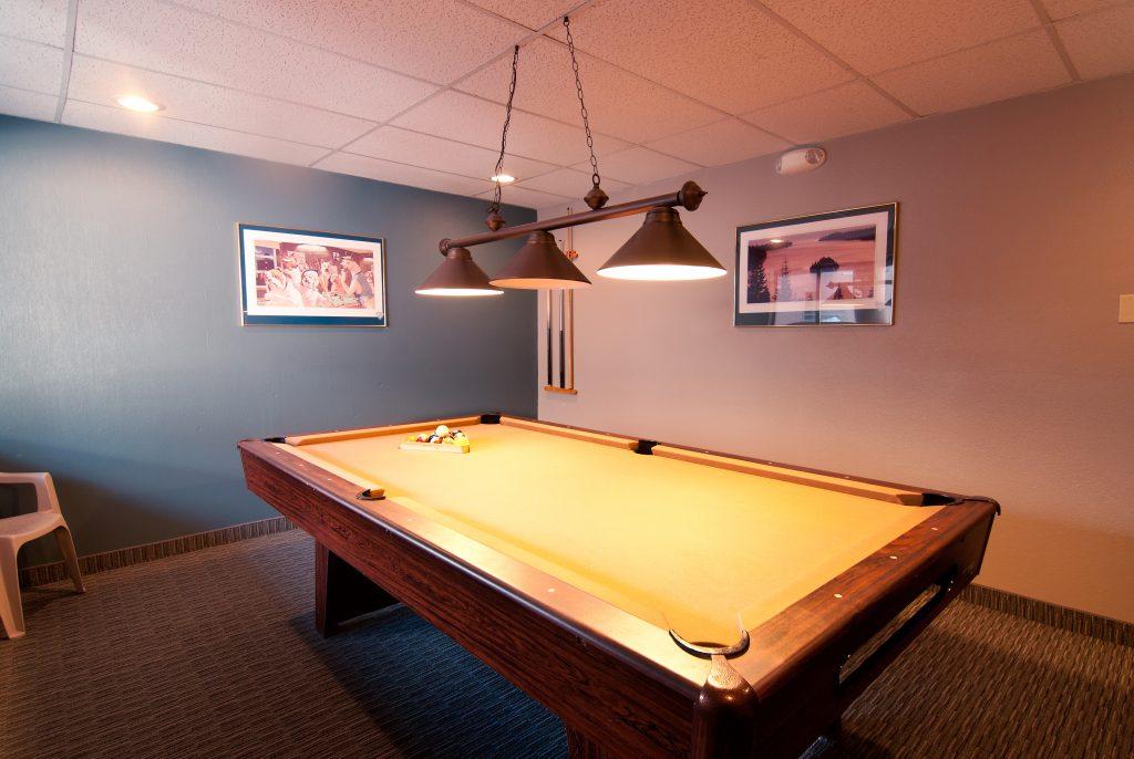 Onsite Pool Table Rec Room